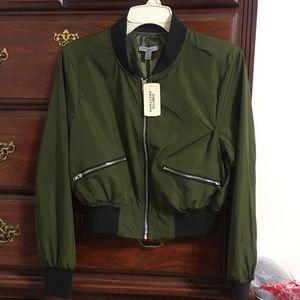 FOREVER 21 Cropped Green Bomber Jacket